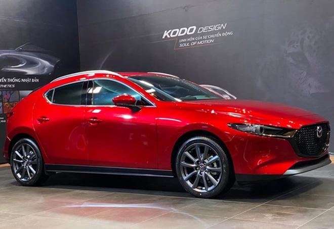 Bảng giá xe Mazda3 lăn bánh mới nhất tháng 9/2020: Sẵn sàng cạnh tranh cực gắt với Honda Civic ảnh 1